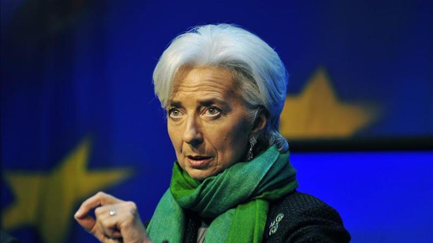 """El FMI alerta de """"riesgos financieros"""" asociados a políticas expansivas"""