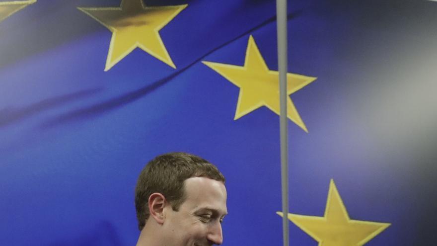 Zuckerberg aborda con la CE asuntos como la política de datos y la conectividad