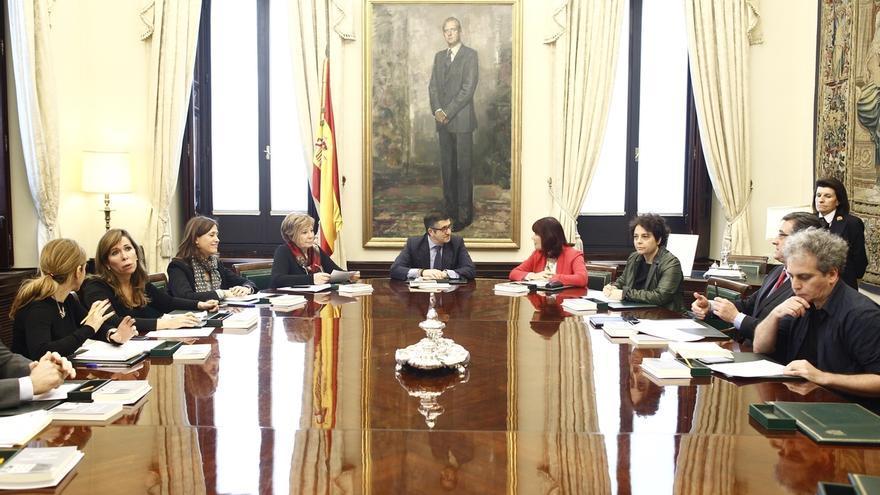 PP y Podemos piden al presidente del Congreso que la investidura de Pedro Sánchez se vote en quince días