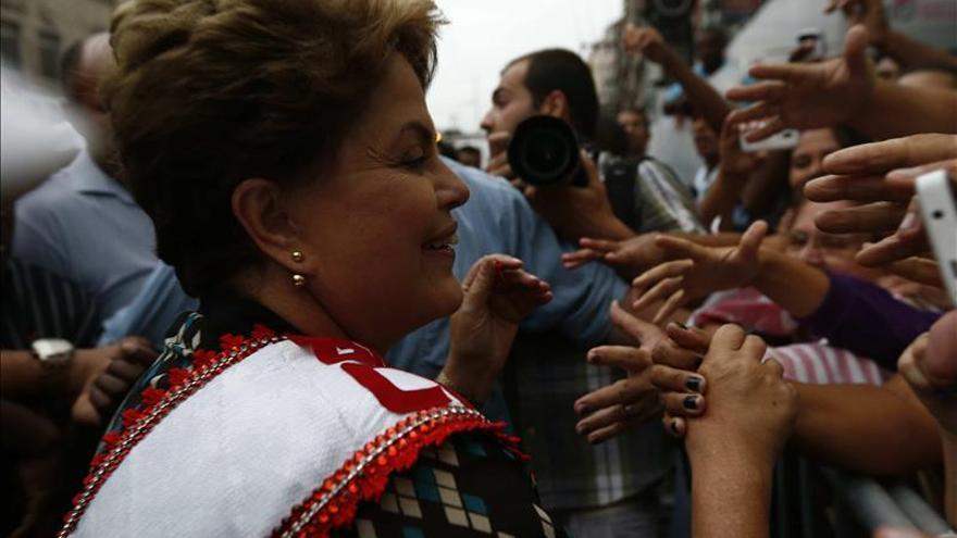 Dilma Roussef visita Catar de camino a la cumbre del G20