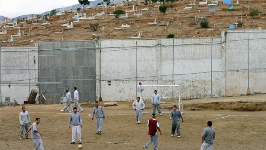 La mayoría de las cárceles mexicanas son manejadas por reos, según un reporte