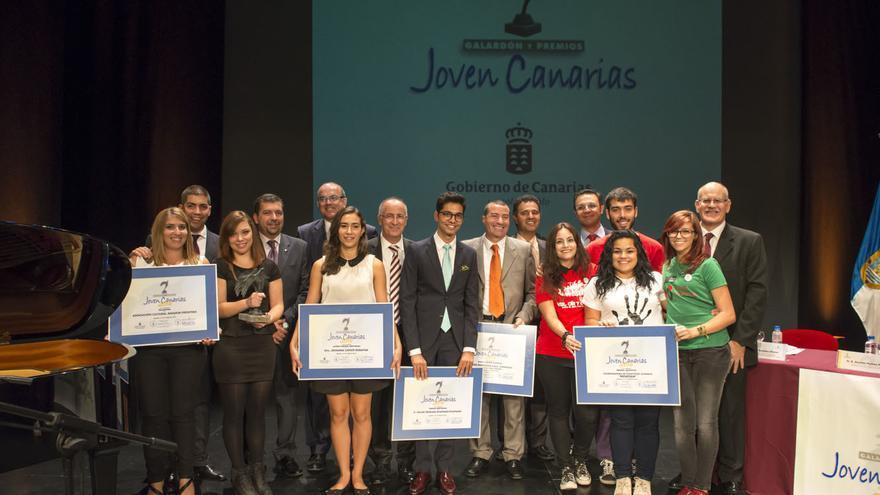 En la imagen, los galardonados con los 'Premios Joven Canarias 2014'.