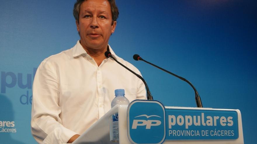 Carlos Floriano encabeza la lista del PP por la provincia de Cáceres al Congreso, y Laureano León la del Senado