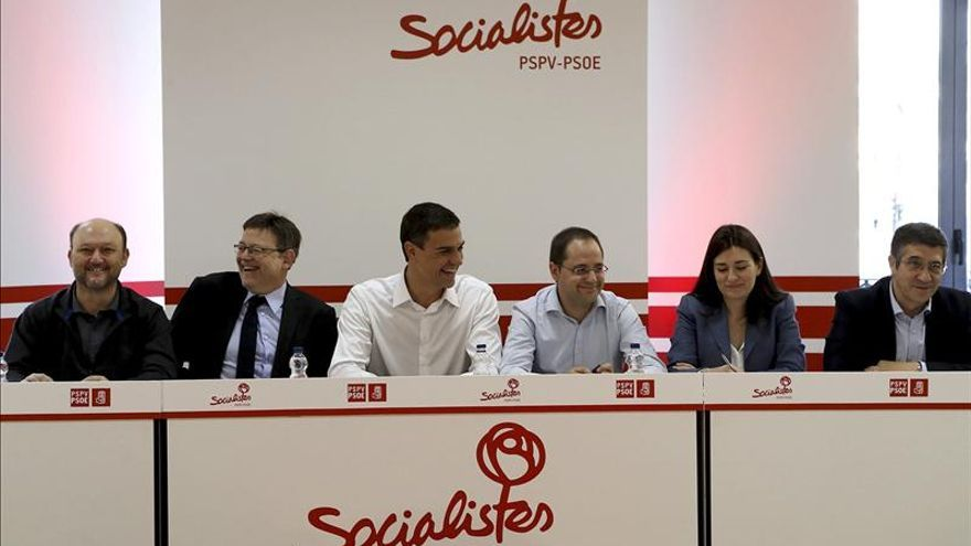 Sánchez dice que el PP debe ir a la oposición para que se regenere la democracia