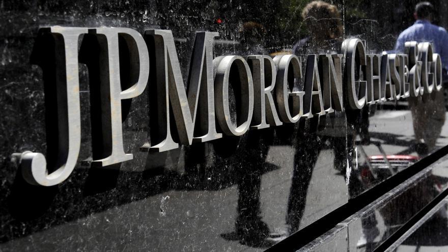 JPMorgan triplica su ganancia en el primer semestre por menores provisiones