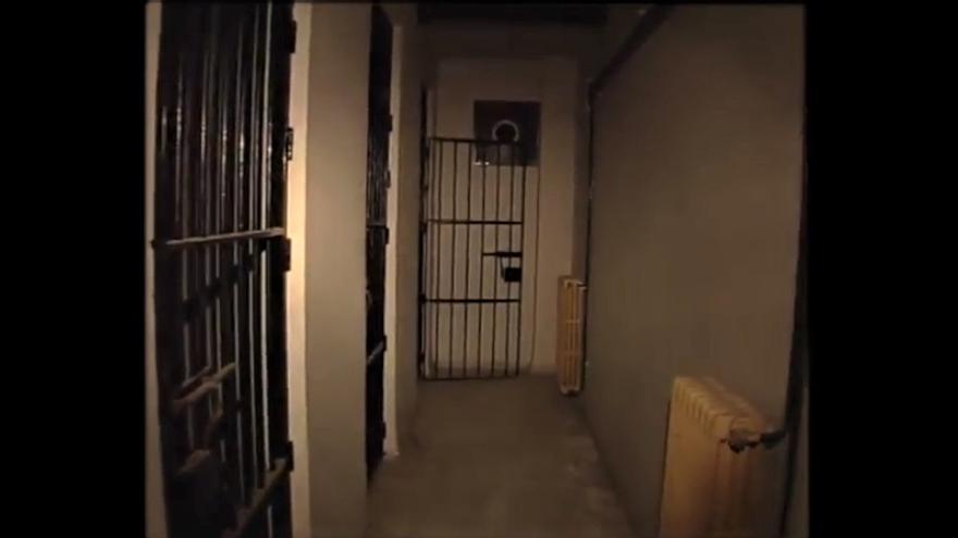 Calabozos en fotograma del documental 'Comisaría de la Gavidia'.   INTERMEDIA PRODUCCIONES