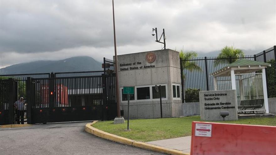 """Patronal venezolana y la embajada de EE.UU. se reúnen en """"pro del desarrollo empresarial"""""""