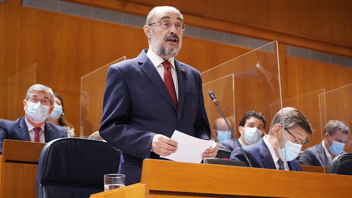 Javier Lambán, en la última sesión de control al Gobierno en las Cortes