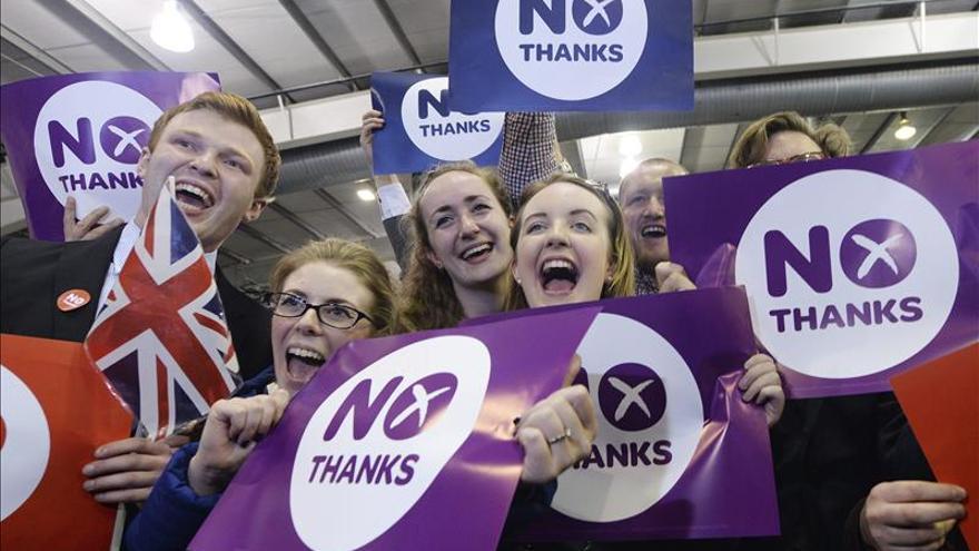 """El """"no"""" a la independencia arrasa por sorpresa en Escocia"""