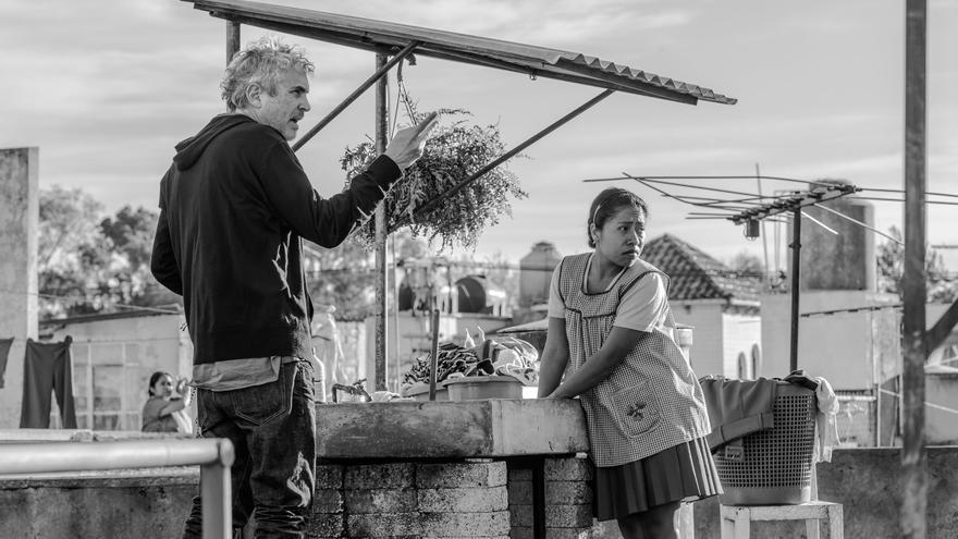 Alfonso Cuarón dirige a Yalitza Aparicio, Cleo en la ficción