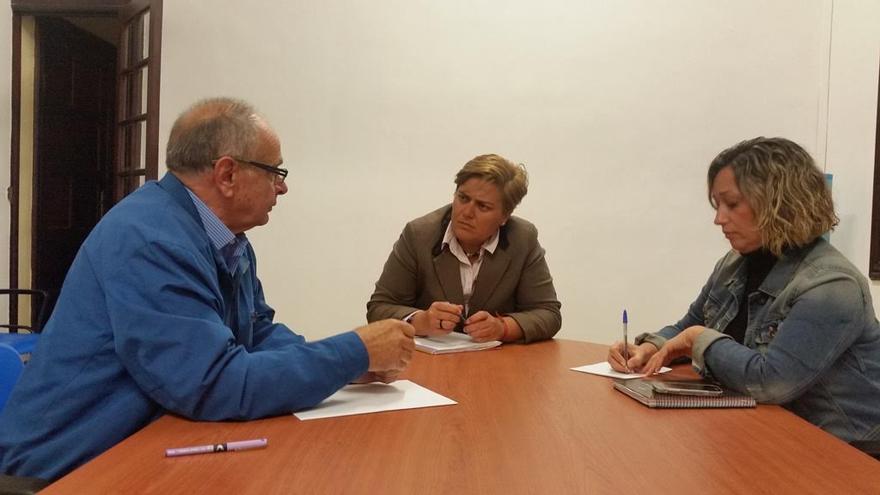Mauro Fernández Felipe, Noelia García Leal (c) y Luisa Martina González.