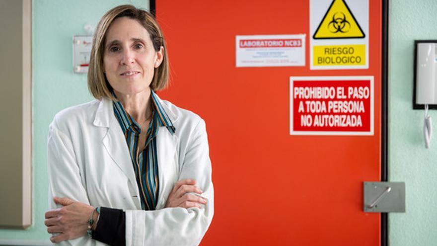 Isabel Sola en el Centro Nacional de Biotecnología. / Álvaro Muñoz Guzmán, SINC