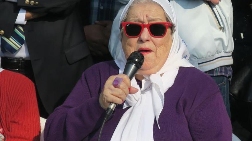 En la imagen, la titular de Madres de Plaza de Mayo de Argentina, Hebe de Bonafini.