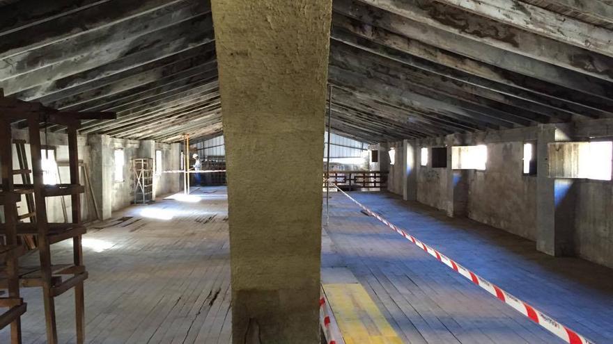 El interior de una de las naves de la antigua fábrica de Ceramo
