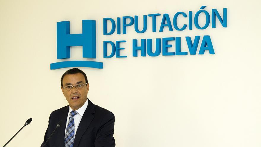 El presidente de la Diputación de Huelva, Ignacio Carballo (PSOE) es el principal valedor del aeropuerto onubense / Diputación de Huelva
