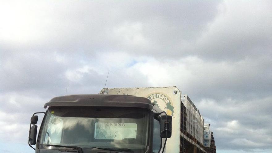 Camión de Naviera Armas robado en Morro Jable
