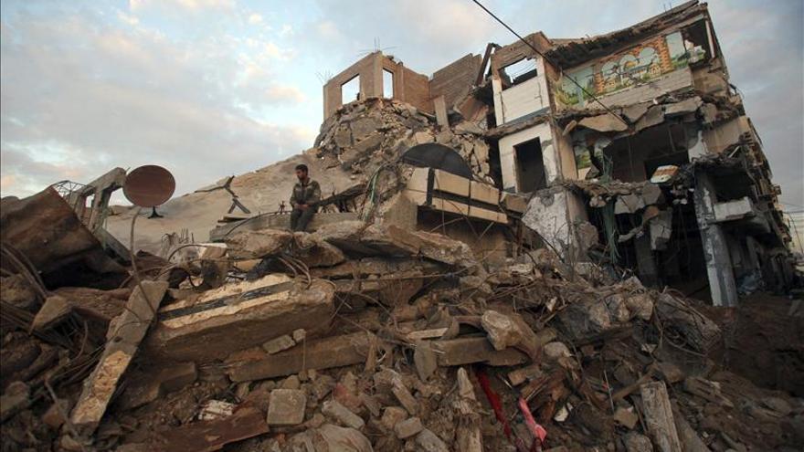 Cinco heridos por inhalación de humo en el ataque a una vivienda palestina en Ramala