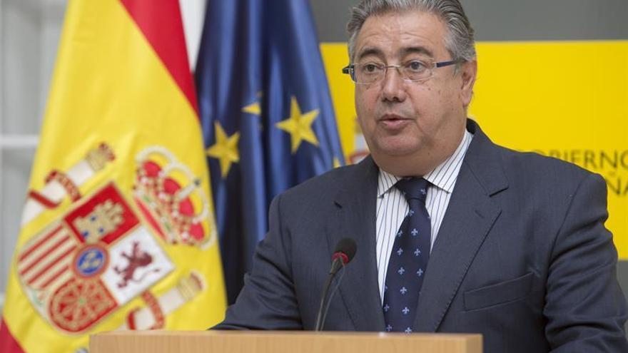 """Juan Ignacio Zoido: """"Solo esperamos que ETA anuncie su disolución definitiva"""""""