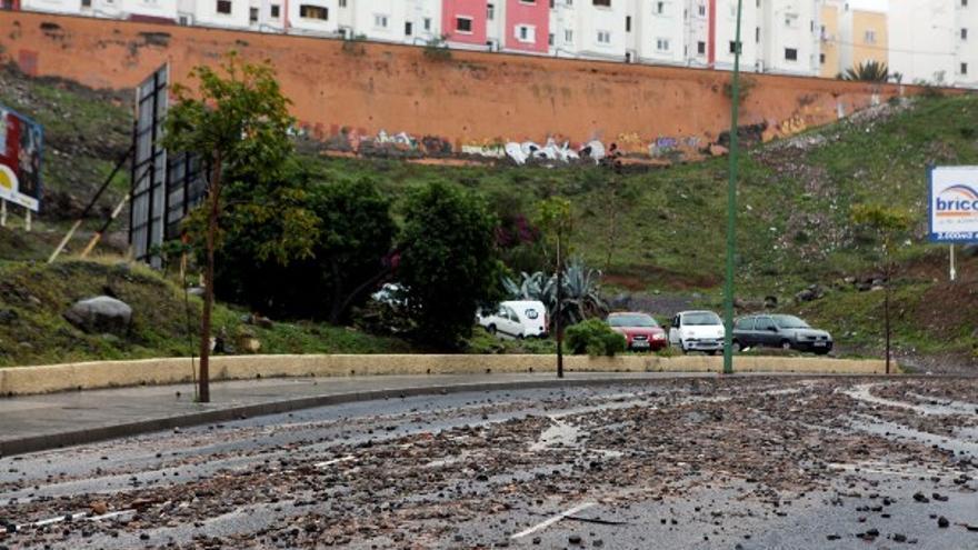 De los daños de la lluvia en LPGC (I) #3