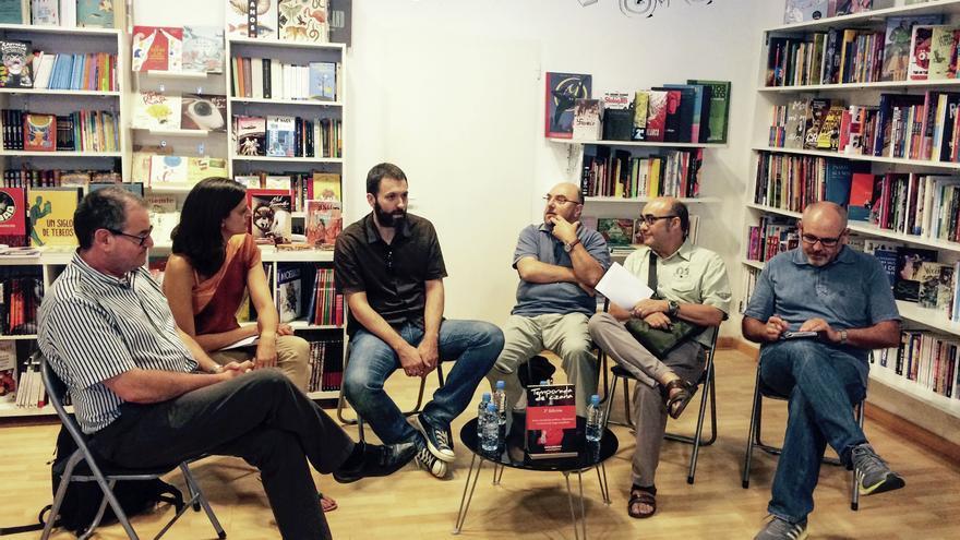 Un momento del debate entre periodistas y escritores sobre RTVV