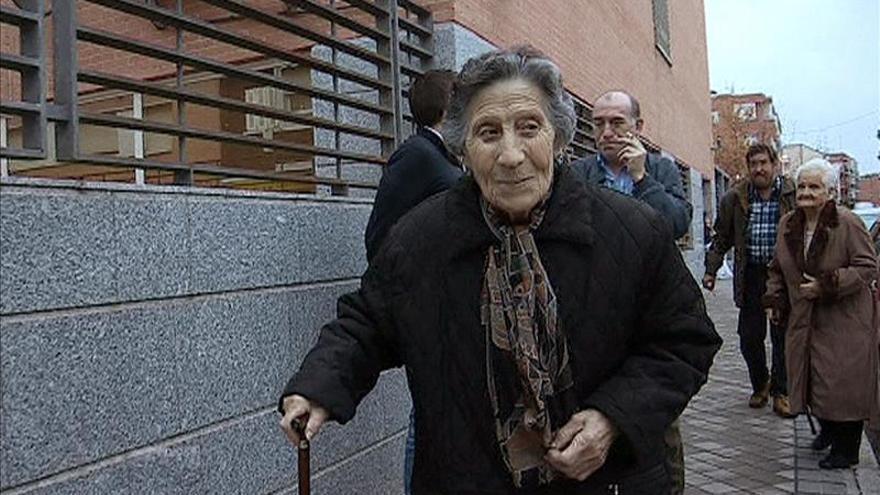 Juzgan al activista detenido en el desahucio de la anciana de Vallecas