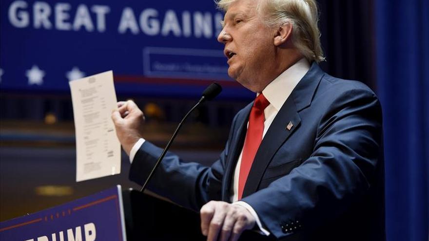 """Donald Trump acusa a la prensa de """"distorsionar"""" sus comentarios sobre México"""