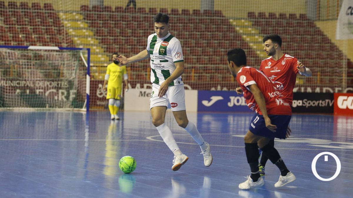 Ricardo, en el duelo con Osasuna Magna.