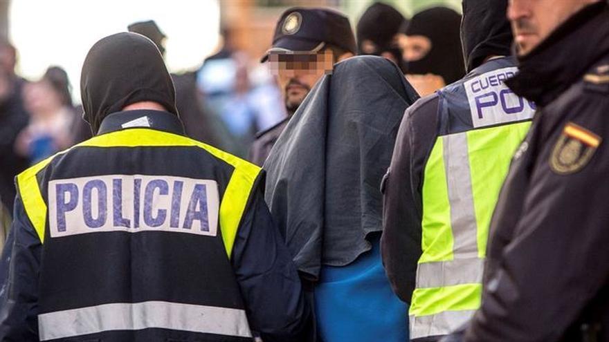 En libertad el marroquí detenido el lunes por reclutar yihadistas para Dáesh