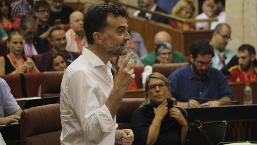 """Maíllo (IU) urge a convocar ya elecciones a Susana Díaz, que le acusa de """"rozar la turismofobia"""""""