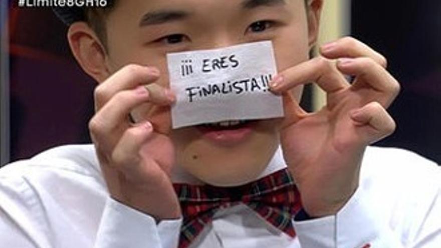 El 'chino granaíno' Han, primer finalista de 'GH16' tras abrir la caja mágica