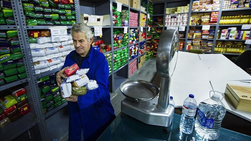Alcorcón entrega 3.900 kilos de comida a Cáritas y al Banco de Alimentos