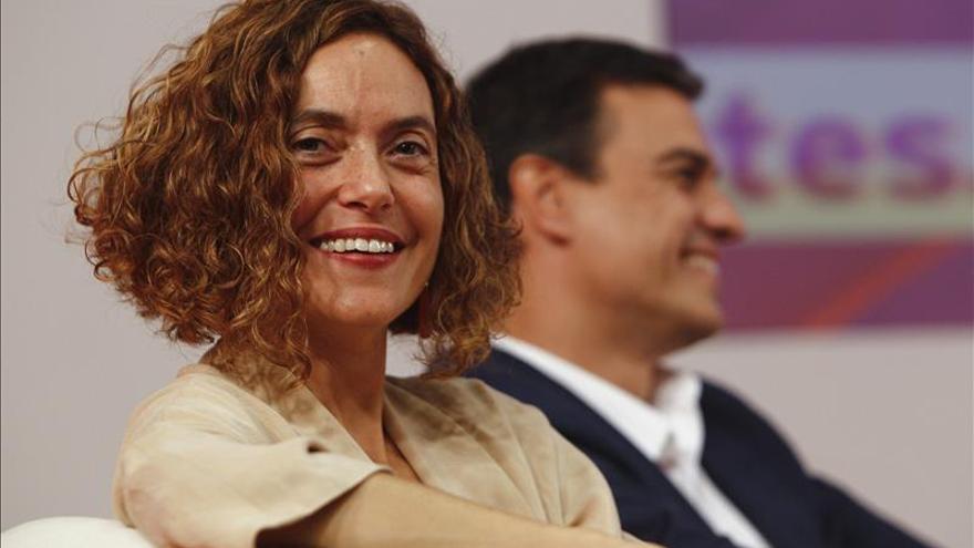 El PSOE aprobará su borrador de programa a fin de mes para abrirlo a la gente