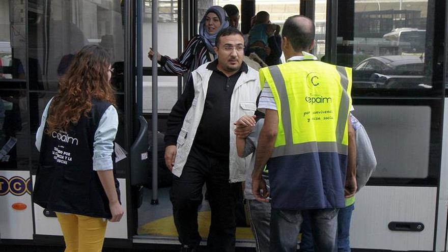 Llegan a España 31 refugiados iraquíes y sirios procedentes de Grecia