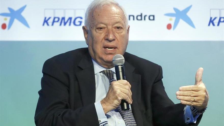 """Margallo considera """"ínfimo"""" el esfuerzo de la UE ante los refugiados"""