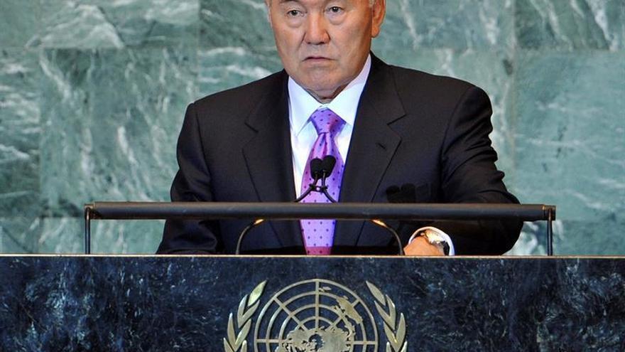 Japón y Kazajistán refuerzan sus lazos para promover la estabilidad en Asia