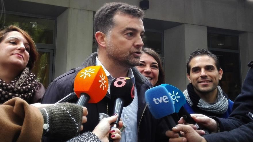 """Maíllo dice que la CUT """"se ha roto"""" y que algunos de sus miembros se han ido de IULV-CA pero otros """"se quedan"""""""