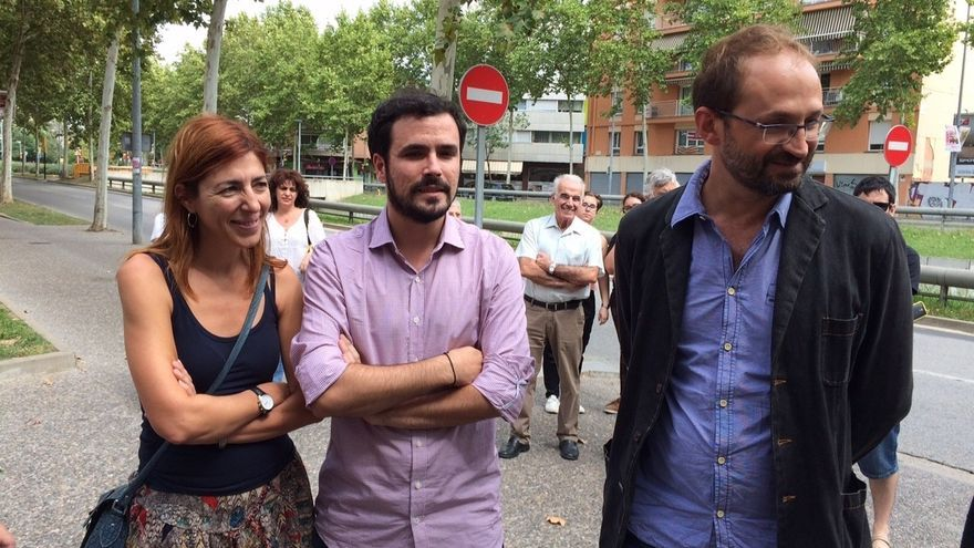 """Garzón (IU) ve """"más cerca"""" un pacto con Podemos pero aún no están negociando"""