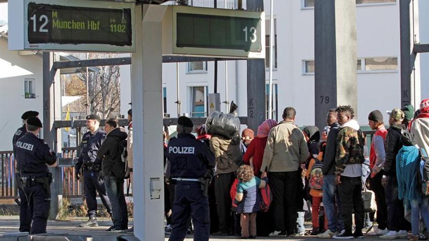 Alemania calcula que este año llegarán menos de 300.000 refugiados