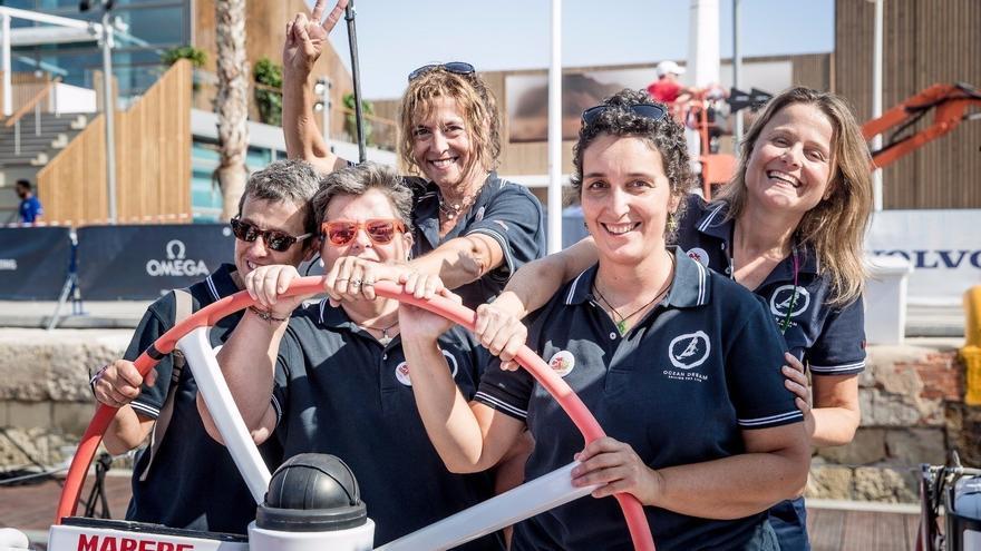 Las cinco mujeres recorrerán un total de 4.000 millas náuticas.