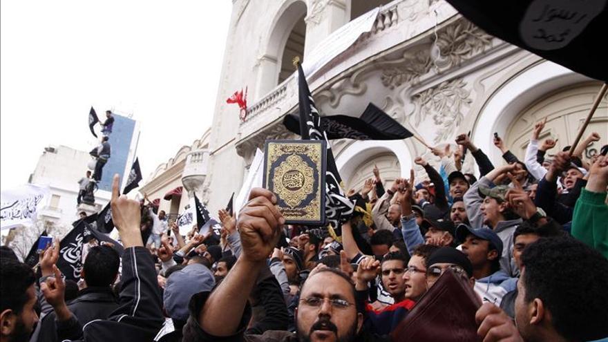 Enfrentamientos entre la policía y los salafistas en la capital