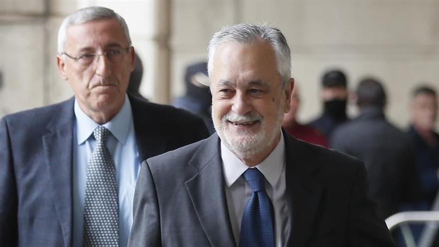 La Fiscalía renuncia reclamar 483,6 millones a Griñán por responsabilidad civil