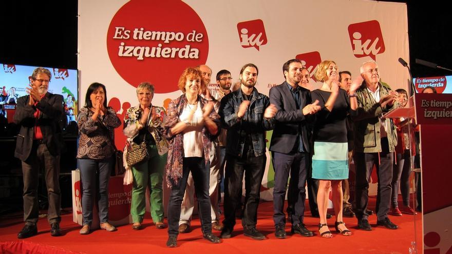 """Cayo Lara (IU) urge a """"derrotar"""" a los Gobiernos del PP, """"la suma de bandas organizadas para trincar"""""""