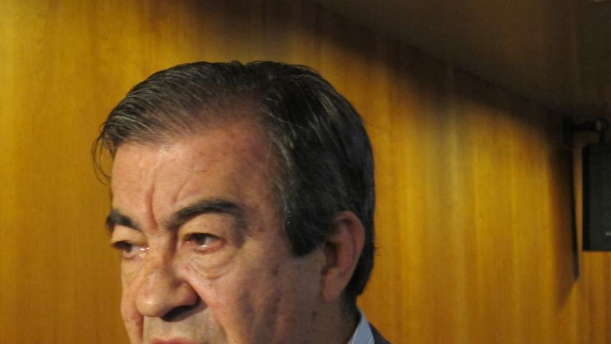 """Cascos afirma que la acusación de Llamazares sobre incompatibilidades es """"radicalmente falsa"""""""