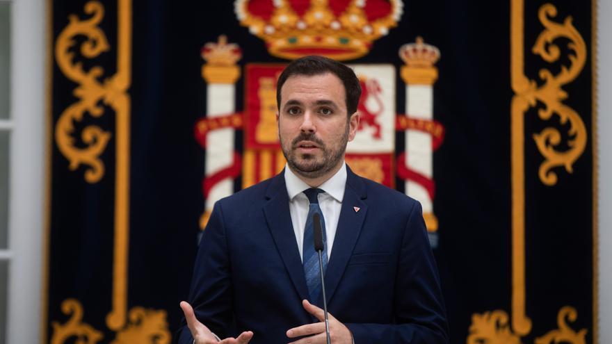 Alberto Garzón en una rueda de prensa en Sevilla el 10 de junio.