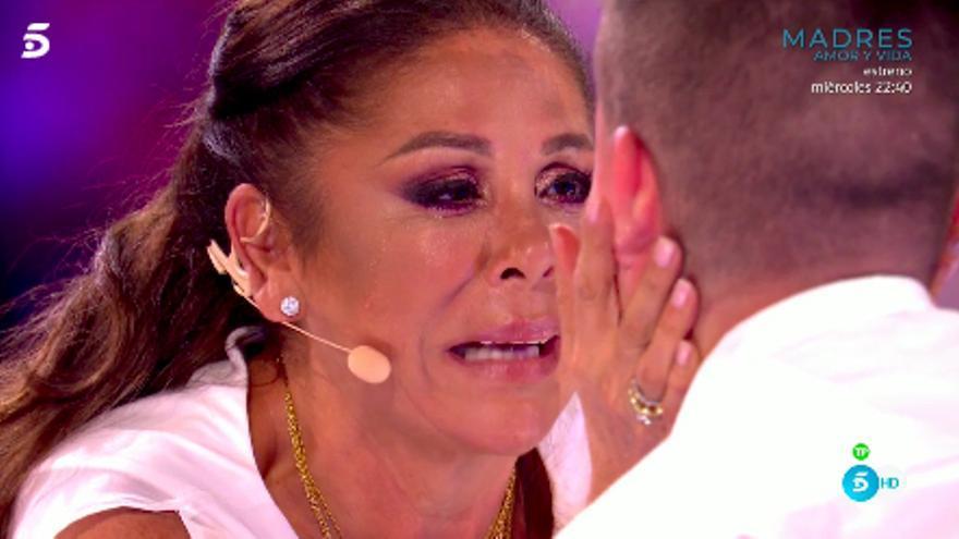 Isabel Pantoja, llorando en 'Idol Kids'
