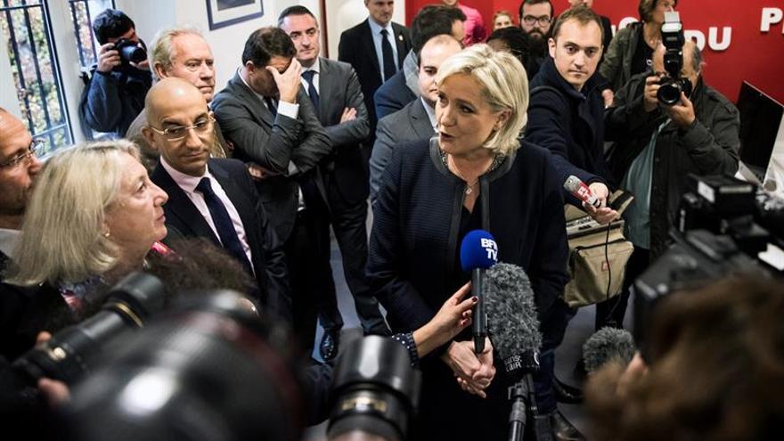 """La ultraderechista Marine Le Pen escoge """"En el nombre del pueblo"""" como lema para las elecciones"""