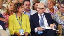 Dolors Montserrat y Cristóbal Montoro, en un acto del PP el pasado 1 de septiembre en Alboraya (Valencia). Foto: EFE