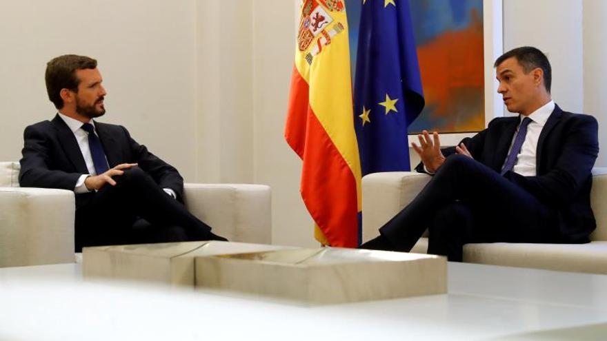 Sánchez y Casado se reunirán el próximo lunes a las 12 en la Moncloa