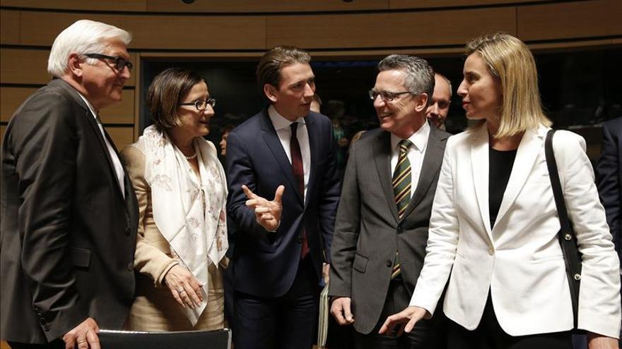 Los líderes de la UE celebrarán el jueves una cumbre sobre inmigración
