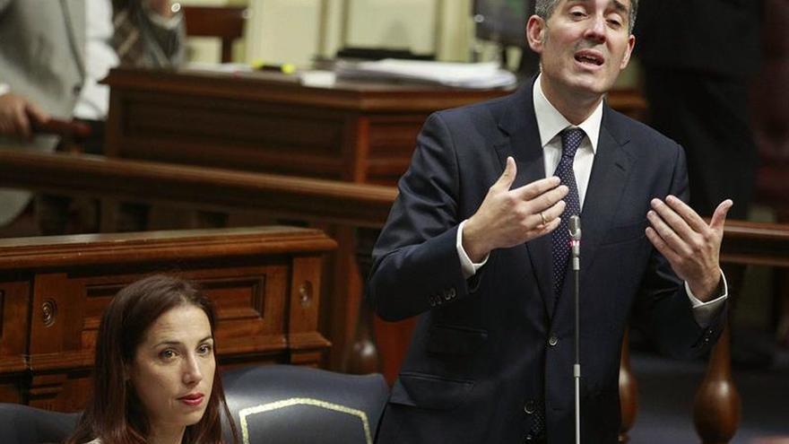 El PSOE agranda su brecha con CC en Canarias al imponerle cambios en el presupuesto